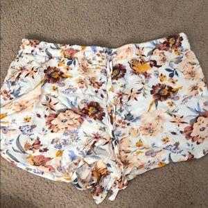 Kendall & Kylie summer shorts